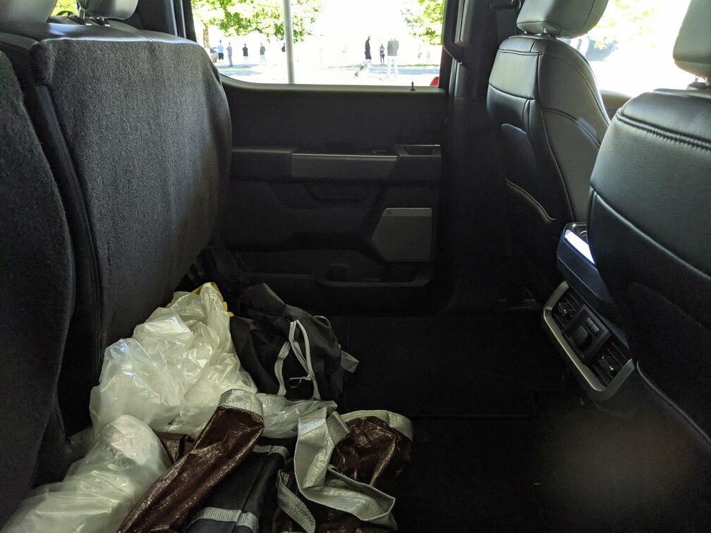 Lariat Backseat