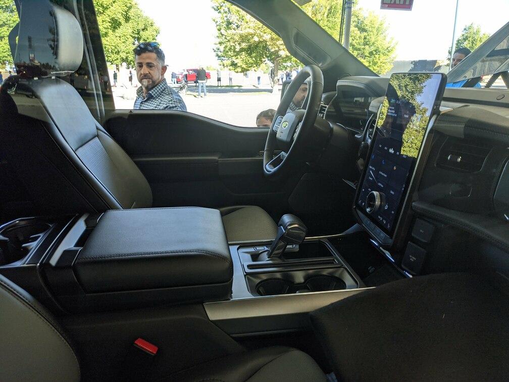 Lariat Front Seat